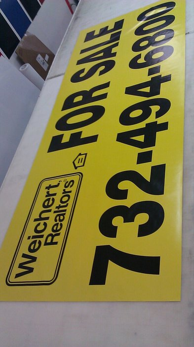gs-vehiclegraphics-banner-signs-012