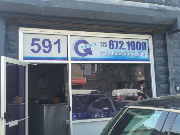 gs-vehiclegraphics-store-front-011