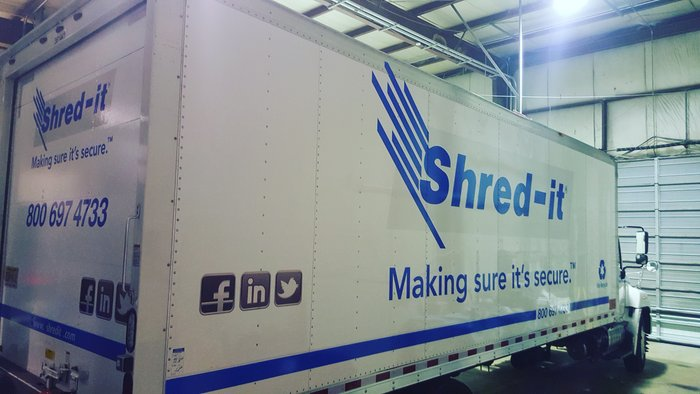 gs-vehiclegraphics-trailer-truck-lettering-030