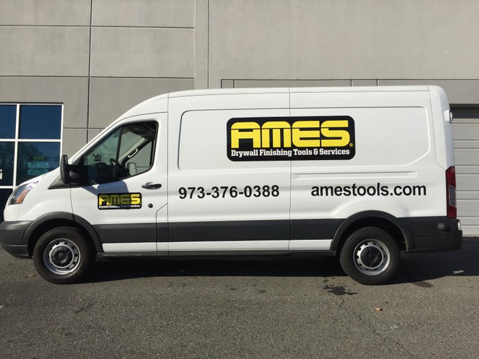gs-vehiclegraphics-van-lettering-002