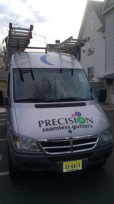 gs-vehiclegraphics-van-lettering-018