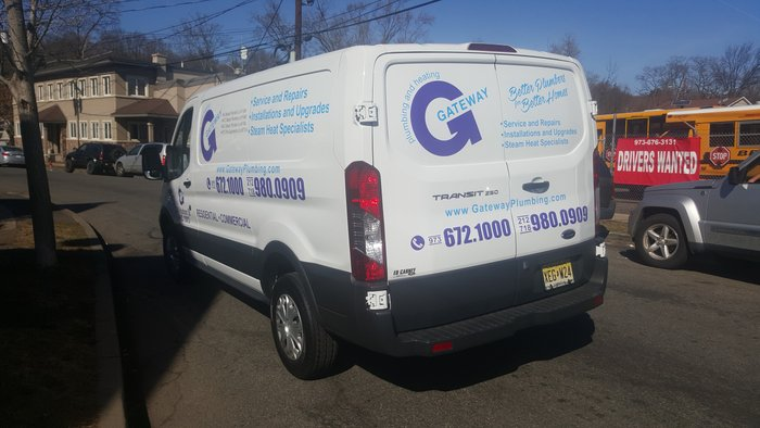 gs-vehiclegraphics-van-lettering-026