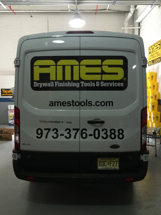 gs-vehiclegraphics-van-lettering